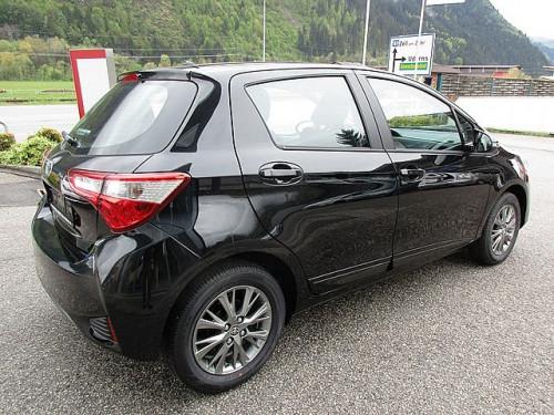 1406358085313_slide bei Toyota Bacher in Ihr Toyota Partner in Tirol