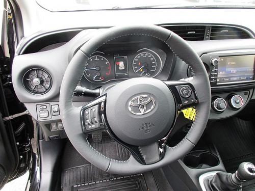 1406358085349_slide bei Toyota Bacher in Ihr Toyota Partner in Tirol