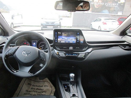 1406358090983_slide bei Toyota Bacher in Ihr Toyota Partner in Tirol