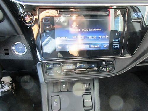 1406358605353_slide bei Toyota Bacher in Ihr Toyota Partner in Tirol