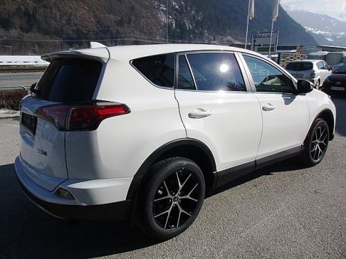 1406358643067_slide bei Toyota Bacher in Ihr Toyota Partner in Tirol