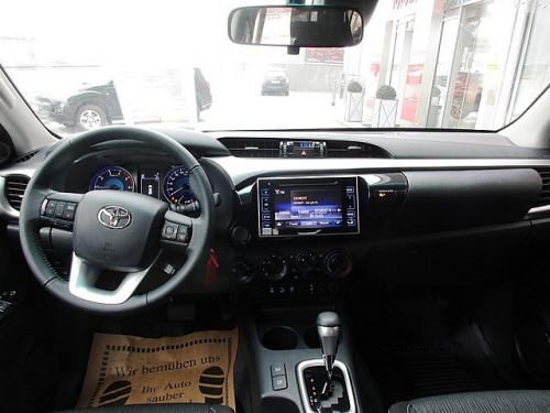 1406361948617_slide bei Toyota Bacher in Ihr Toyota Partner in Tirol