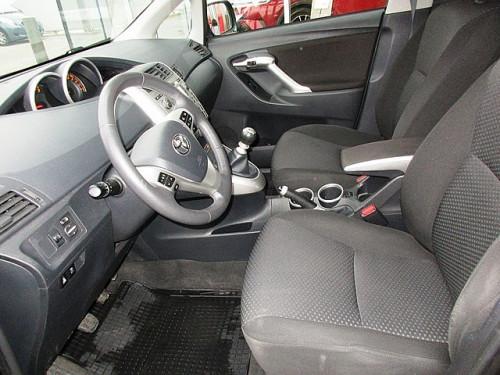 1406362602621_slide bei Toyota Bacher in Ihr Toyota Partner in Tirol