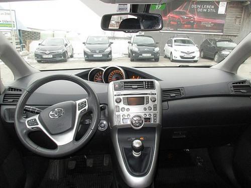 1406362602629_slide bei Toyota Bacher in Ihr Toyota Partner in Tirol